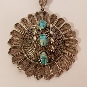 Vintage 1970s Filigree Scarb Chain & Pendant